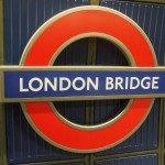 London_Bridge_tube_stn_Jubilee_roundel