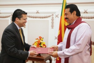 DrCN Receiving Credentials from President