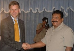 Prabhakaran_and_Solheim