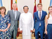 The-Blair-family-with-President-Sirisena