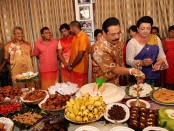 president-mahinda-rajapaksa-and-family-celebrating-sinhala-tamil-new-year-2013-at-carlton-house-3