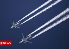 Contrails: How tweaking flight plans can help the climate